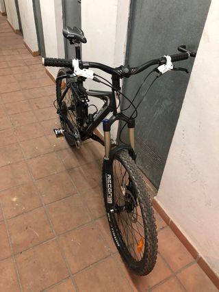 Bici MTB Trek doble suspensión