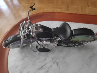 moto de juguete decorativa