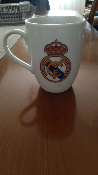 2 tazas y 1 mug Real Madrid