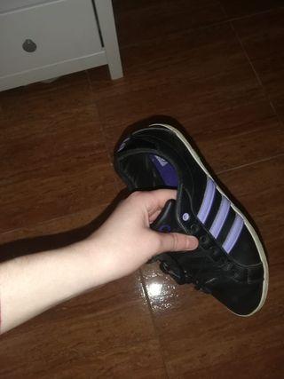 Deportivas Adidas neo.