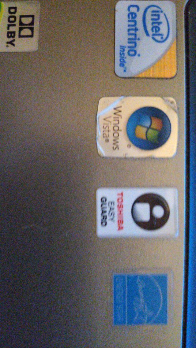 Ordenador portátil (laptop) antiguo Toshiba