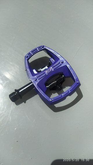 Pedales mixtos ISSI FLIP II MTB. violetas. NUEVOS.