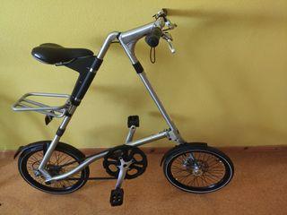 Bicicleta plegable Strida