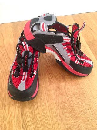 Sandalias, zapatillas de senderismo y trekking