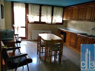Casa adosada en venta en Castejón del Puente