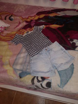 Conjunto pantalon y camiseta