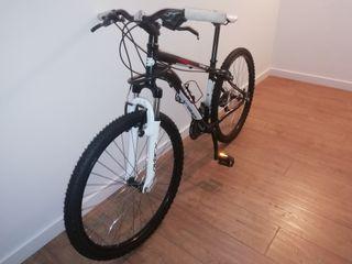 Vendo montanbike. Bh. over x. Como nueva