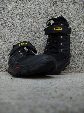 Zapatillas mtb, bicicleta montaña.