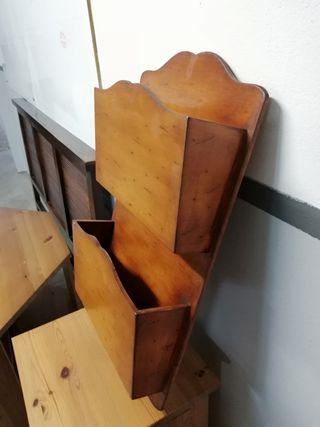 Revistero pared madera maciza