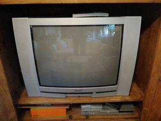 Televisor con Tdt y 2 mandos