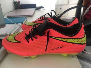 Zapatillas de fútbol 7 y 11