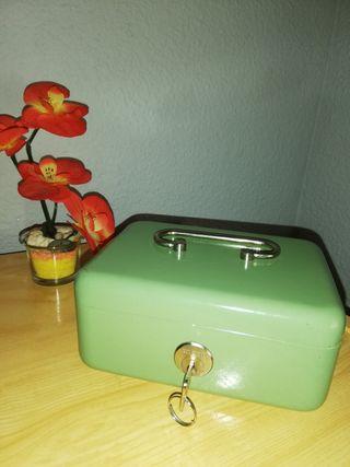 Caja fuerte, verde