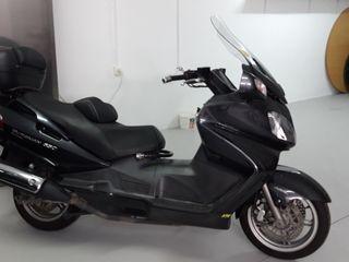 Moto Suzuki Burgman 650 Executiv