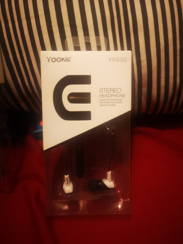 earphone yookie