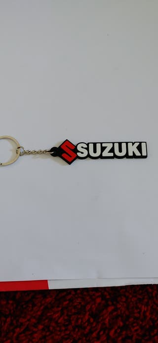 Llavero de goma suave Suzuki, motocicleta o coche