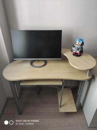 Excelente escritorio ordenador estudios / Gaming