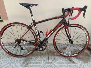 Bicicleta BH Zaphire + ruedas Mavic cosmic elite