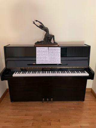 Piano negro de pared J. Schiller
