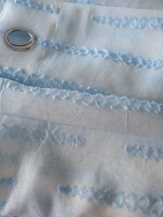 cortinas con motivos azules