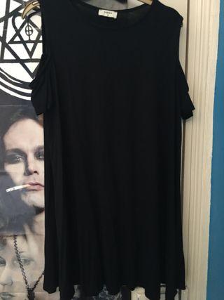 Papaya Black Dress Size Medium.