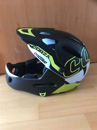 Casco CATLIKE desmontable