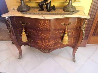 Mueble encimera marmol madera y adornor dorado