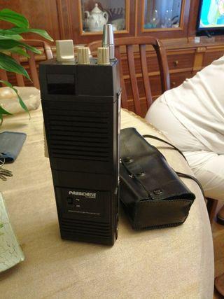 Emisora radioaficionado portatil a pilas