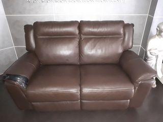 butaca eléctrica y sofa piel