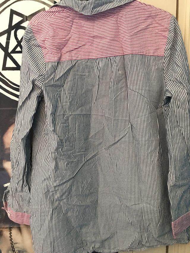 Tu Shirt Size 14