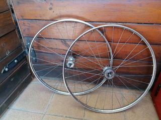 Ruedas bicicleta Orbea antigua.