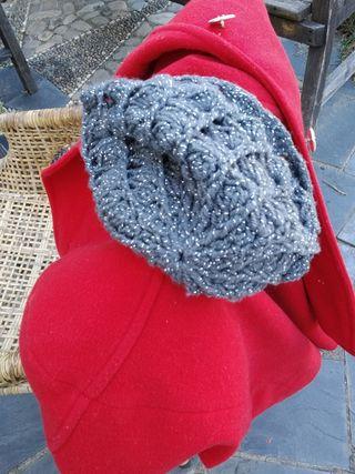 Abrigo 100% lana virgen y gorro de regalo