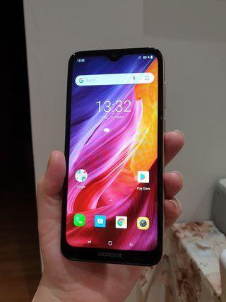 Smart phone android DOOGEE Y 8C pantalla grande6,1
