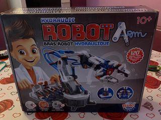 Juguete robot hidráulico
