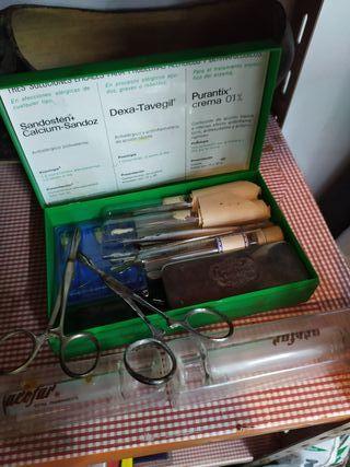 instrumental médico antiguo