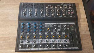 Tabla de mezcla y Microfono condensador