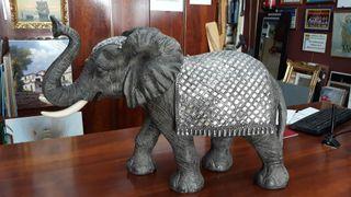 figura elefante plata y gris de resina NUEVO
