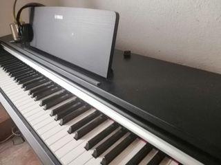 VENDO PIANO YAMAHA YDP142
