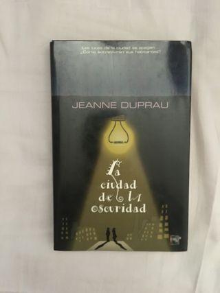 Libro aventuras/misterio:La ciudad de la oscuridad