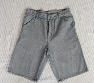 Pantalón corto bermudas