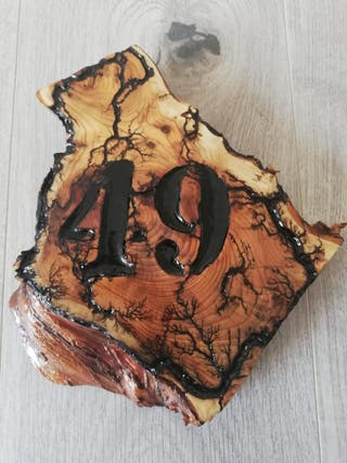 House number plaque.(multiple colors available)