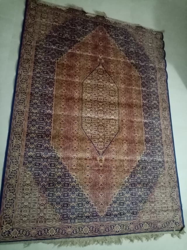 ULTIMA BAJADA PRECIO:alfombra grande