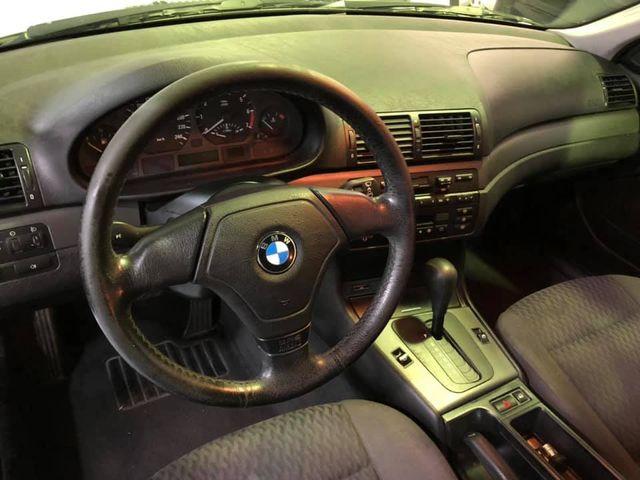BMW Serie 3 1999 318i AUTOMÁTICO