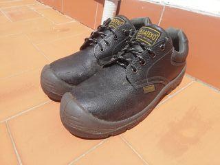 zapatos de trabajo y seguridad