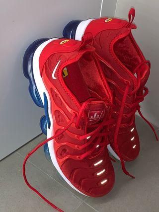 Nike air vapormax 41 uk 7
