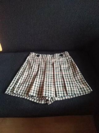 Falda pantalón de cuadros.