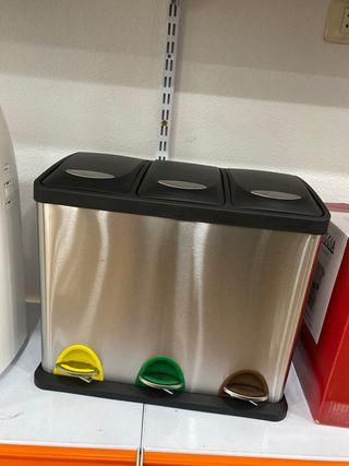 Cubo de reciclaje