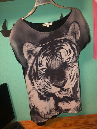 Camiseta manga corta negra tigre