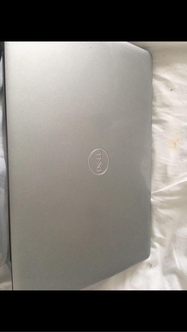 Dell inspirion 3854