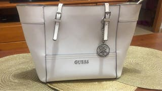 Bolso y cartera guess