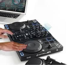 Mesa de mezclas dj marca (Hércules)